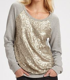 I want to wear this on Christmas. So pretty and sparkly.