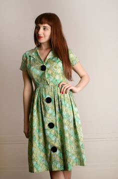 Vintage Cotton Dress Pastel Green Watercolor by zwzzy Day Dresses, Dress Outfits, Fashion Dresses, Women's Fashion, Corsage, Sailor Fashion, Africa Fashion, Button Dress, Black Button