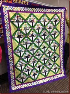 I AM making this quilt. Got the squares already cut.
