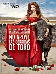 Actriz panameña Patricia de León, en campaña de PETA contra la tauromaquia