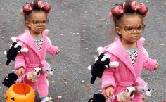 Kids Who Totally Win Halloween – Page 11 – Daily Bananas =Crazy Cat Lady Fall Halloween, Halloween Crafts, Halloween Costumes, Crazy Cat Lady, Crazy Cats, Halloween Disfraces, Snoop Dogg, Jada, Bananas