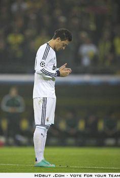 Mesut Ozil before the match