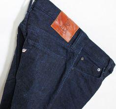 pure blue japan XX-018 14oz COBALT DENIM SLIM STRAIGHT  Manufacturer info: Pure Blue Japan 14oz selvedge denim Made In Okayama Japan same silhouette with XX-005
