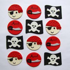 Fondant Cupcake Toppers Pirates by TopItCupcakes on Etsy Fondant Cupcake Toppers, Cupcake Cakes, Cup Cakes, Cupcake Ideas, Pirate Theme, Pirate Party, Pirate Cupcake, Water Party, Sugar Craft