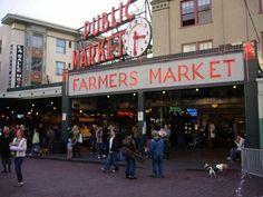 Pike Place Market   © bhenak/Flickr