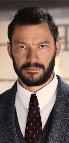 Actor Dominic West stars as the acclaimed explorer Sir Ernest Shackleton in The Tale of Thomas Burberry. He wears Burberry tailoring based on our new Chelsea fit.