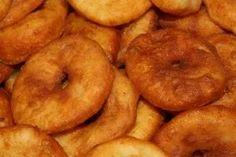 Zsírban sült krumplis pogácsa - ÍZŐRZŐK Potatoes, Vegetables, Food, Potato, Essen, Vegetable Recipes, Meals, Yemek, Veggies