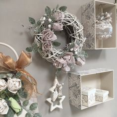 Home - Renkalik - Hobby & Craft Christmas Home, Christmas Wreaths, Christmas Decorations, Holiday Decor, Wedding Wreaths, Hobbies And Crafts, Grapevine Wreath, Shabby Chic, Diy Crafts