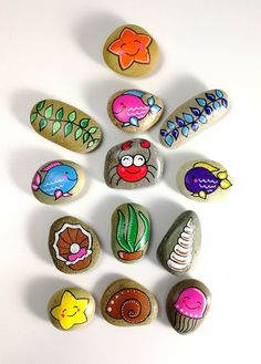 The Effective Pictures We Offer You About home design cheap easy diy A quality picture can tell you Pebble Painting, Pebble Art, Stone Painting, Rock Painting Ideas Easy, Rock Painting Designs, Stone Game, Rock Games, Hand Painted Rocks, Painted Pebbles