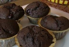 Csokipudingos muffin Garlic Bread, Cake Cookies, Ale, Muffins, Cupcake, Goodies, Food And Drink, Favorite Recipes, Sweets