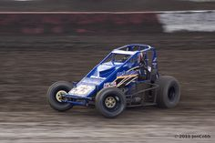 AMSOIL Sprint Car National Championship 2011 Use the oil that the pro's use in    your race engines. USAC National    Sprint Car Series, non-wing Sprint Car racing on dirt and asphalt across the    USA.    RePin this photo