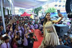 Manushi chillar World Winner, Miss World, India Beauty, Bollywood, Pride, Tulle, Crown, Pictures, Queen