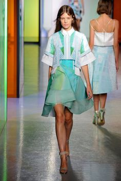 Peter Pilotto Spring 2014 Runway Show | London Fashion Week Photo 2