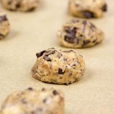 American Cookies mit überraschendem Kern....... warten auf den Ofen.