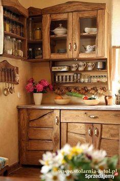 Kuchnia w starym stylu, rustykalna, prowansalska, wiejska