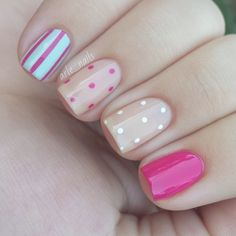 Get inspirations from these cool stylish nail designs for short nails. Find out which nail art designs work on short nails! Fancy Nails, Diy Nails, Gorgeous Nails, Pretty Nails, Beige Nails, Pastel Nails, Leopard Nails, Dot Nail Art, Trendy Nail Art