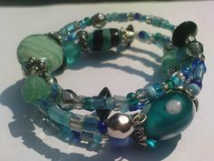 Turquoise Etc Memory Wire Bracelet  •  Make a memory wire bracelet in under 30 minutes