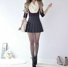 skirt grey red black boots cropped scarf white grey skirt skater skirt mini skirt tennis skirt pleated skirt pleated short skirt black heels c… Mode Outfits, Skirt Outfits, Outfits For Teens, Trendy Outfits, Cute Skirts, Cute Dresses, Mini Skirts, Skater Skirts, Pleated Skirt