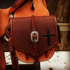 welcome to sting saddlery Custom Belts, Custom Leather, Sewing Leather, Leather Craft, Western Horse Tack, Medicine Bag, Leather Saddle Bags, Leather Carving, Hospital Bag