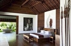 The bright and airy Villa Pantai at the Ketapang Estate in Tabanan, on Bali's southwestern coast. Resort Interior, Home Interior, Interior Design, Thai House, Bali Bedroom, Bedroom Decor, Master Bedroom, Casa Hotel, Couple Room