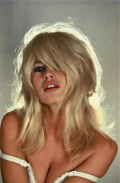Brigitte Bardot- that hair cut!