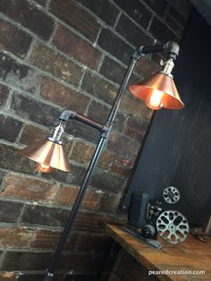 Industrial Floor Lamp  Copper Shade  Edison par newwineoldbottles