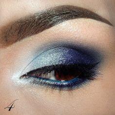 Nisage - Sombra Azul - Ojos Marrones