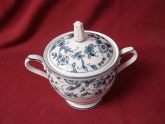 Noritake China dinnerware  Arcadia, pattern  Covered Sugar Bowl