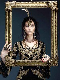 Vogue.it http://images.vogue.it/Storage/Assets/Crops/40776/12/39653/barocco_392x0.jpg