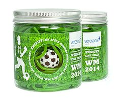 Fußballrasen bei www.suesswarenversand.de/ unter http://www.suesswarenversand.de/fussball_werbeartikel/fussballrasen.php?gid=sgr4vjtagic74ol3svqen71b41&vars=YToxOntzOjM6ImNmcyI7Tjt9