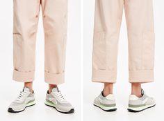 Sapatilha técnica prata Khaki Pants, Fashion, Toe Shoes, Silver, Templates, Sacks, Moda, Khakis, Fasion