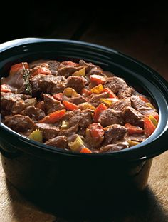 Any dish from hard meat to red meat, cook and enjoy through this chicken casserole slow cooker. Vegetable Casserole, Chicken Casserole, New Cooking, Cooking Appliances, Cookers, Slow Cooker Recipes, Caravan, Casseroles, Lamb