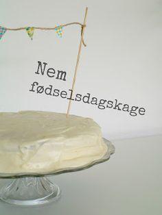 Opskrift: Nem fødselsdagskage - chokoladekage med choko-mokka frosting og flødeost-citron frosting // mtotfls.dk