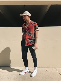 Summer Outfits Men, Stylish Mens Outfits, Simple Outfits, Men Summer, Dope Outfits, Summer Fun, Streetwear Mode, Streetwear Fashion, Look Man