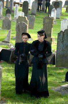 Lizzie & Emma Borden
