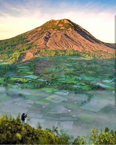 Kintamani Mountain - Bali Indonesia. Photo by IG @irhazzamil