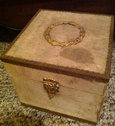 Antique Vintage Collar Box by obscurethings on Etsy, $22.00