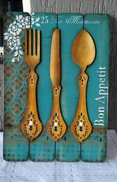 Decoupage Vintage, Diy Painting, Painting On Wood, Home Crafts, Diy And Crafts, Cutlery Art, Wooden Cutouts, Pallet Art, Rustic Signs
