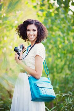 Allison camera bag in teal ~ LOVE this camera bag..... Prefect for a brand new camera :D