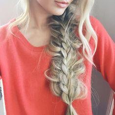 Barefoot Blonde - Stacked Braid Tutorial