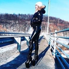 A post from High heels boots walking👠👠👠💋 Thigh High Boots Heels, Heeled Boots, Ankle Boots, Lederhosen Outfit, Leather Pants Outfit, Vinyl Leggings, Latex Pants, Vinyl Clothing, Girls Sneakers