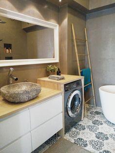 Täydellisen kylpyhuoneremontin upea lopputulos. - Unique Home