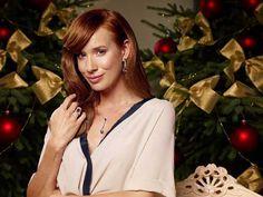 512_Tana_Pauhofova_Vianoce Red Hair, Coat, Women, Fashion, Pretty Redhead, Moda, Sewing Coat, Redheads, Women's