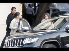 Multitud ataca convoy de hija de PEÑA (SOFIA CASTRO)