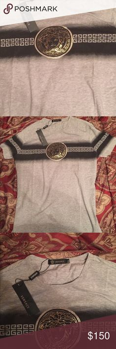 Versace men's shirt Slim fit. Fits like a large. Price reflects authenticity Versace Shirts Tees - Short Sleeve