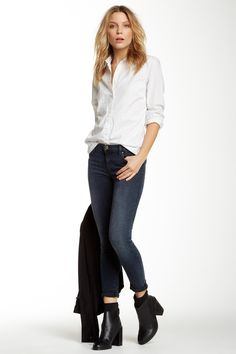 Low Rise Skinny Jean by J Brand - love this simple pulled together look.