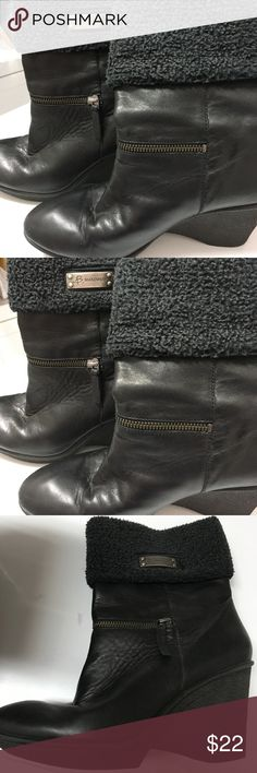 B Makowsky wedge Nancy boots booties size 9 Beautiful leather boots with shearling trim. Zippers are decorative maybe worn once b. makowsky Shoes Ankle Boots & Booties