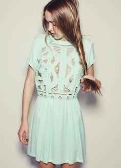 Couleur pastel / vert d'eau / aqua dress /  - for more inspiration visit http://pinterest.com/franpestel/boards/