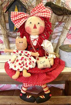raggedy ann with her little doll, Annie? Doll Toys, Baby Dolls, Ann Doll, Primitive Patterns, Sheep And Lamb, Raggedy Ann And Andy, Little Doll, Cute Dolls, Doll Patterns