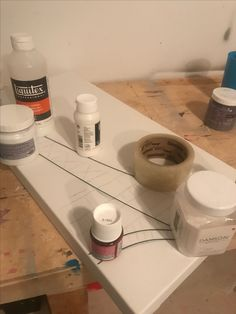 Art Abstrait, Bath Caddy, Studio, Painting Workshop, Acrylic Paintings, Studios